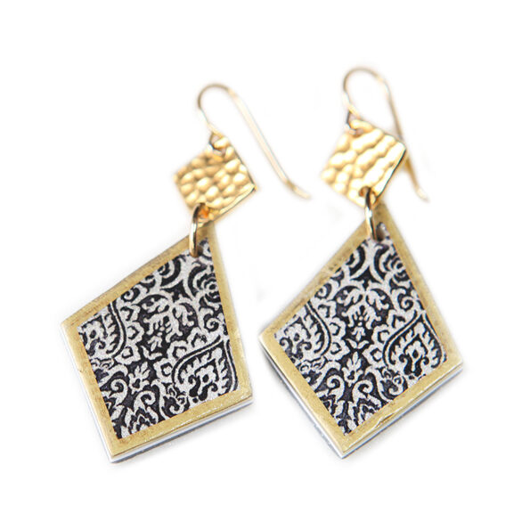 unique earrings art pattern black and white original funky Zakaria next romance earrings