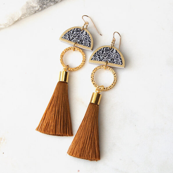 limitless luxe lonely half moon tassel art earring gold silky short NEXT ROMANCE jewelery