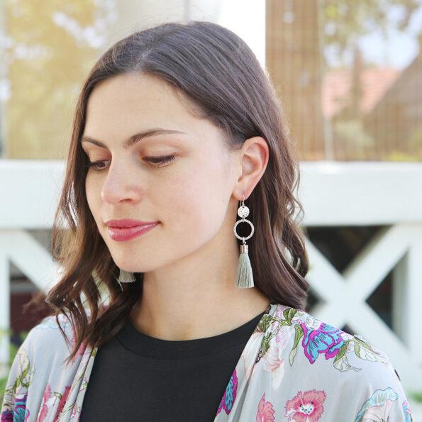 tassel hammered silver earrings next romance new mint soft Julz model